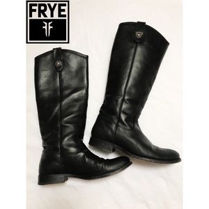 EUC Frye Melissa Button Boot - 6